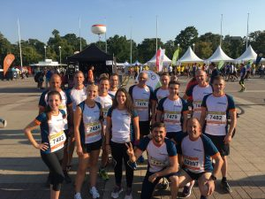 Mitarbeiterinnen und Mitarbeiter von Kieback&Peter beim B2Run-Lauf in Berlin.