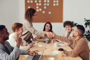 gesunde und wertgeschätzte Mitarbeiter sind motivierter und stärker an das Unternehmen gebunden