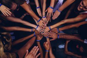 Gefühl der Zusammengehörigkeit für gestärkte Mitarbeitergesundheit entscheidend